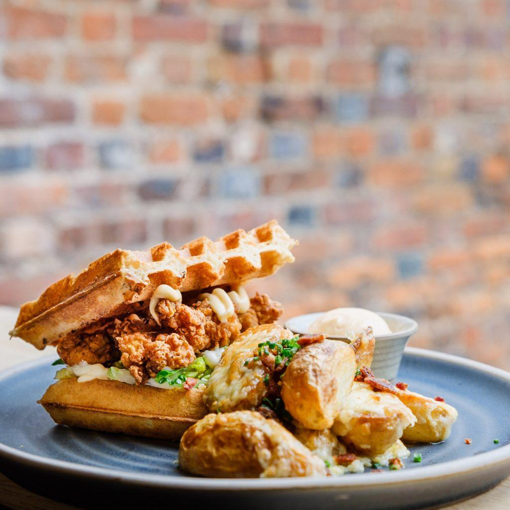 SandyWood_Waffle_House_2
